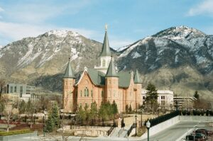provo mountains and church